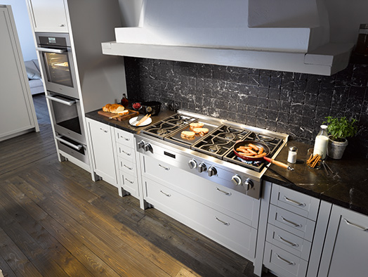 Miele Rangetops Offer The Ultimate Balance In Design Flexibility, Suitable  For Tradition To Modern Kitchen Designs And Designed To Match Both PureLine  And ...